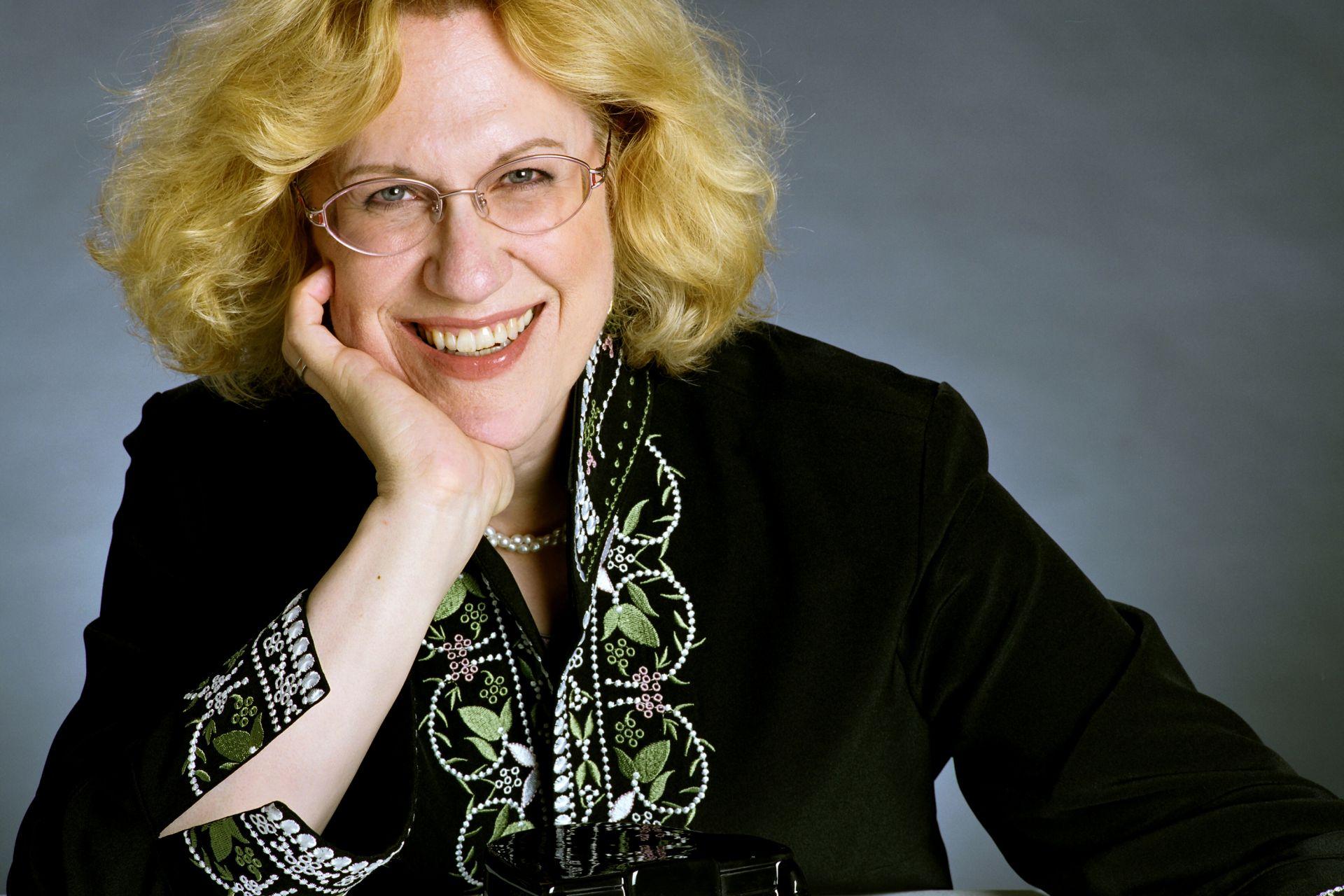 Sara Davis Buechner Solo Recital: Suesse and Gershwin, at Bargemusic